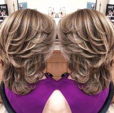 Spectacular female haircuts for medium hair in 2019 female haircuts medium spectacular 243898136056633669 Haircuts For Medium Hair, Medium Layered Haircuts, Medium Long Hair, Medium Hair Cuts, Hair Lengths, Bob Hairstyles, Curly Hair Styles, Hair Beauty, Female Hair