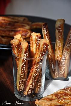 Betisoare cu branza (cascaval) French Toast, Deserts, Good Food, Breakfast, Recipes, Beverage, Pizza, Home, Morning Coffee