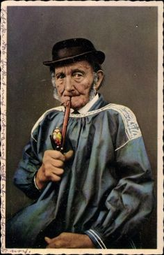 Ansichtskarte / Postkarte Rieser Volkstracht, Bauerntypen, Alter Mann mit Pfeife, Portrait