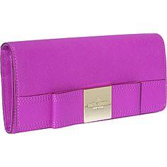 Love this pink Kate Spade wallet! #cute