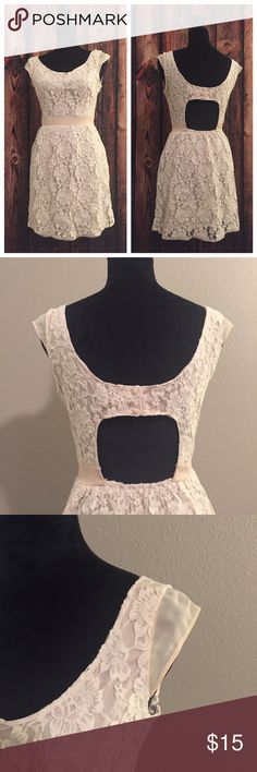 American Eagle Lace Dress Gorgeous detail! Lace all over and fully lined. Off white/white. Side zip and back button. No trades. American Eagle Outfitters Dresses