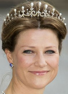 Princess Märtha Louise wearing the diamond and pearl tiara of Queen Maud.