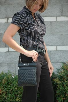 LILO Corine Sling is the ideal crossbody purse for daily use when you want to go light!