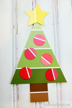 Easy Christmas Craft for Preschoolers ~ Paint Chip Christmas Tree Craft - Easy Crafting Kids Crafts, Preschool Christmas Crafts, Christmas Crafts For Kids, Christmas Activities, Kids Christmas, Holiday Crafts, Paint Chip Cards, Paint Sample Cards, Unicorn Diy
