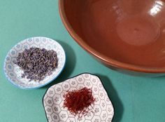 How To Use Saffron For Skin Treatments That Will Make You Feel Like Royalty