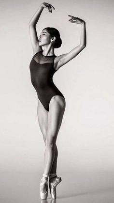 Fuki Takahashi- Photo Jason Lavengood- De Ballet:The Best Photographs