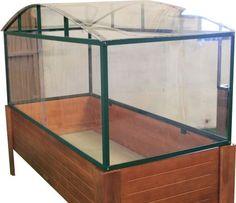 Invernadero realizado para acoplar perfectamente mesa de cultivo tamaño grande. Dimensiones 1400 x 600 x 650mm #jardineria #huerto #huertourbano www.mobidex.es