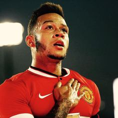"""Memphis: ""To wake up as a Manchester United player is awesome. Memphis Depay, Manchester United Players, Man United, Sport Man, One Team, First Love, The Unit, Football, People"