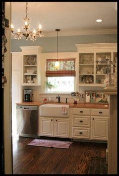 darling kitchen. love it all.