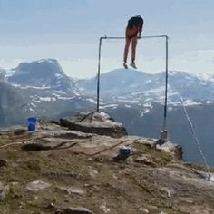 Nailed it. - So Funny Epic Fails Pictures Funny Fails, Funny Memes, Hilarious, Jokes, Gymnastics Fails, Gymnastics Stunts, Cheerleading, Gymnastics Problems, Gymnasts