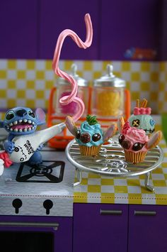 """""""Stitch want to make a Cupcake! Cute One! :D"""" #Stitch #LiloandStitch"""