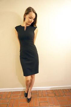 Classic black fitted dress | Skirt The Ceiling @ skirttheceiling.com