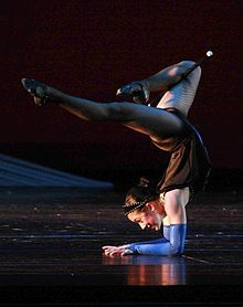 Contortion - Wikipedia