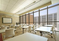 Image 16 of 27 from gallery of Princess Nora Bint Abdulrahman University / Perkins+Will. Photograph by Bill Lyons Middle School Decor, Ideas Actuales, Dream School, School Life, Classroom Furniture, Office Furniture, School Hallways, Tiny Apartments, College Campus