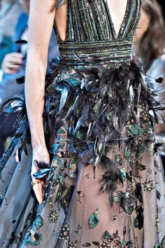 Details at Elie Saab Fall 2017 Couture.