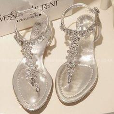 new arrival 2013 rhinestone bling flat sandals 35, 40 womens flip,flop flat heel shoes silver 1006
