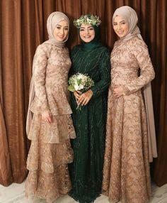 Hijab Prom Dress, Hijab Gown, Nikkah Dress, Hijab Style Dress, Kebaya Dress, Disney Wedding Dresses, Pakistani Wedding Dresses, Pakistani Outfits, Wedding Hijab