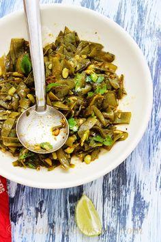 Valor - Ringna nu Saak - Valor Papdi aur Baingan - Hyacinth beans and Eggplant/Aubergine Sabzi