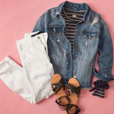 Ripped denim is a tough act to follow. #ootd Outfit Goals, Outfit Ideas, Spring Fever, Ripped Denim, Girls Jeans, Hollister, My Style, Casual, Jackets