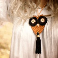 {owl leather necklace}