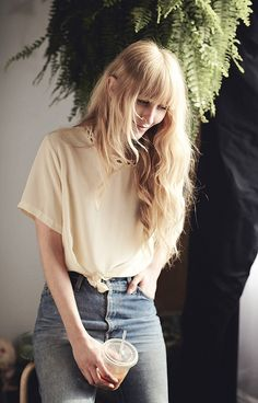 Yellow t/high waisted jeans