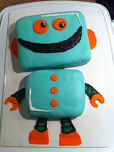 What a fun and easy robot cake idea!