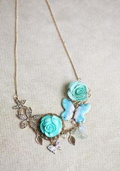 not-tiffany tiffany blue vintage necklace ;)