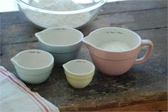 Farmhouse Measuring Cup Set