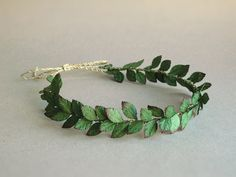 Paper Leaf headband - Dark green rustic wedding crown - Made of mulberry leaves - Handmade by Squish-n-Chips