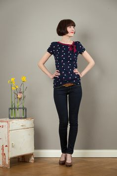 Gepunktete Kurzarmbluse mit schicker Schleife / spotted short sleeve blouse with cute bow made by Jekyll-und-Kleid via DaWanda.com