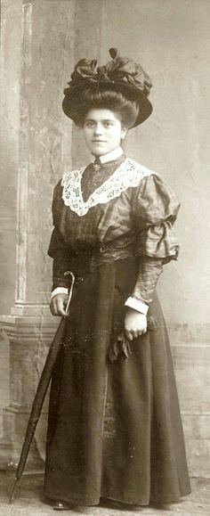 Marie Luise von Cumberland,  Ehefrau von Max. Sie heiratete am 10. Juli 1900 in Gmunden (Österreich) den Prinzen Maximilian von Baden (1867–1929), Sohn des preußischen Generals und jüngeren Bruders Großherzogs Friedrich I., Prinz Wilhelm von Baden (1829–1897) und dessen Gemahlin Herzogin Maria von Leuchtenberg. Aus der Ehe gingen zwei Kinder hervor: