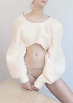 Model Plus con el estilo de Zu Sb, maquillaje y peluqueria por Matka Natura para Dew Magazine