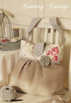 My Country Cottage Garden: Her bags are adorable.  Pinning for inspiration.