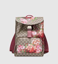 24f42fe24 Gucci - gg blooms supreme canvas backpack 405019KU2BN8693 Projetos, Bolsas  Burberry, Bolsas Louis Vuitton