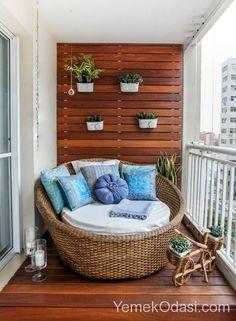 75 Beautiful Apartment Balcony Decorating Ideas on A Budget - Balkon - Balcony Furniture Design Small Balcony Furniture, Balcony Chairs, Small Balcony Decor, Small Balcony Design, Balcony Ideas, Balcony Garden, Balcony Planters, Small Terrace, Small Balconies