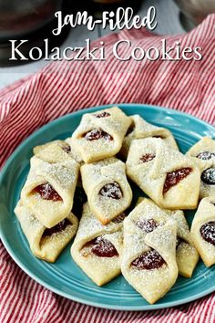 Kolaczki - Jam-Filled Polish Cookies Crunchy Cookies Recipe, Soft Cookie Recipe, Delicious Cookie Recipes, Holiday Cookie Recipes, Easy Cookie Recipes, Yummy Cookies, Yummy Food, Filled Cookies, Roll Cookies