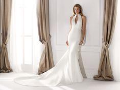 Moda sposa 2020 - Collezione NICOLE.  NIA20631. Abito da sposa Nicole. Plus Size Wedding Gowns, Best Wedding Dresses, Boho Wedding Dress, Bridal Dresses, Bridesmaid Dresses, Fashion Group, Couture, Nicole Fashion, Robes D'occasion