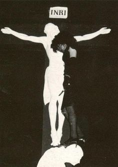 Christian Death - If Goth started anywhere, it started here. 80s Goth, Punk Goth, Gothic Musik, Deathrock Fashion, Arte Punk, Goth Bands, Goth Subculture, Gothic Rock, Goth Aesthetic