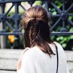 Half-up Fishtail Braid - 7 New Braided Hairstyles to Try Now New Braided Hairstyles, Travel Hairstyles, My Hairstyle, Pretty Hairstyles, Stylish Hairstyles, Hair Inspo, Hair Inspiration, Cut Her Hair, Beauty Tips