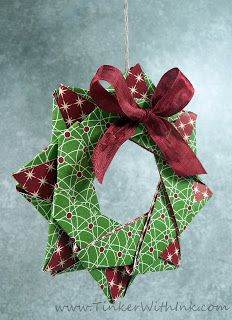 48 New Ideas for origami star wreath paper flowers Origami Christmas Ornament, Origami Ornaments, Paper Ornaments, Christmas Ornaments To Make, Noel Christmas, Christmas Paper, Handmade Ornaments, Christmas Projects, Holiday Crafts