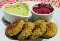 Aprenda a fazer uma versão mais saudável do falafel. Assados e sem nadinha de glúten. Receita delicinha agora no blog!