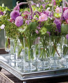 Summer flowers for pink / lavender / white themed table