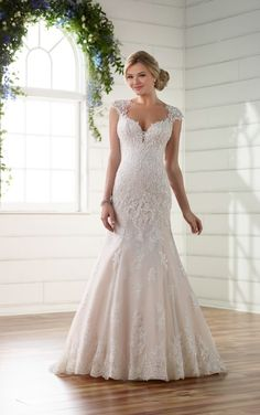 D2262 Lace Wedding Dress with Illusion Diamond Back by Essense of Australia. Find this dress at Janene's Bridal Boutique located in Alameda, Ca. Contact us at (510)217-8076 or email us info@janenesbridal.com for more information.