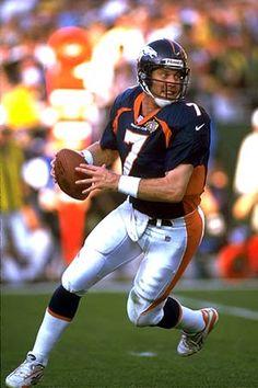 John Elway ~ The best Quarterback of all time! Denver Broncos Players, Denver Broncos Football, Go Broncos, Broncos Fans, Football Memes, Sport Football, Famous Freemasons, Clash On, John Elway