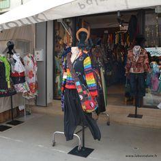 Et si demain matin, je m'habillais avec l'arc en ciel – La Bastidane