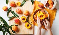 Χάστε γρήγορα βάρος με την δίαιτα των 1200 θερμίδων: Εβδομαδιαίο πλάνο - Mothersblog.gr Peach Salsa, Fresh Salsa, Easy Smoothie Recipes, Easy Smoothies, How To Cut Peaches, Learn To Cook, Food To Make, Kai, Peach Cobblers