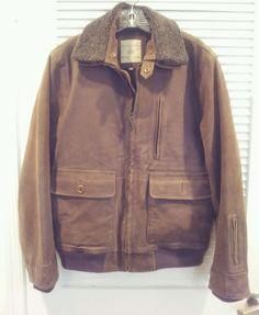 The Territory Ahead Leather Bomber Jacket Size Medium 9 Pockets Removable Collar #TheTerritoryAhead #FlightBomber