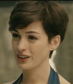 pins to take to the hair dresser! #short hair #annehathaway