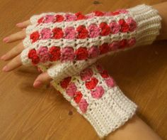 Lovey FIngerless Gloves