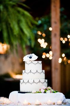 white and black wedding cake - real wedding photo by Seattle photographer Laurel McConnell Wedding Photo Gallery, Wedding Photos, Blush Wedding Cakes, Cake Wedding, White Cakes, Sweet 16 Birthday, Diy Party Decorations, Fancy Cakes, Pretty Cakes
